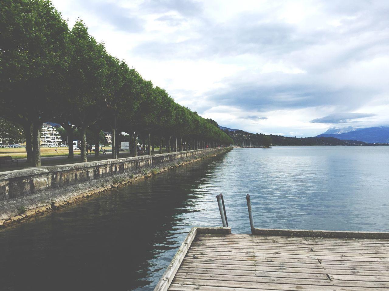 Lake Lakescape Lakeside Lac Du Bourget Aix Les Bains Savoie Montains    Montagne Reflection