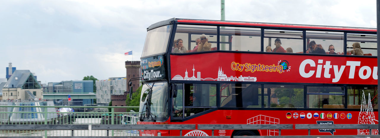 Bus City Tour Doubledecker Doubledeckerbus River Rhine Schokoladenmuseum Stadtrundfahrt Tourist Tourist Attraction