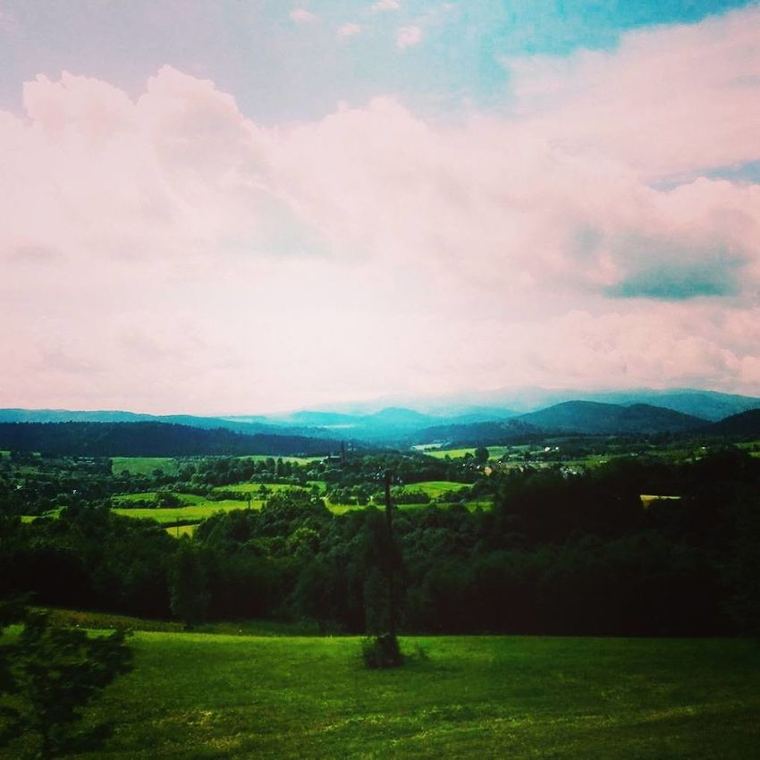 Cloud - Sky Beauty In Nature Nature Grass Green Color Landscape No People Sunset Poland Forest Happiness Bieszczady Bieszczadymountains Bieszczady Mountains HuaweiP9 Huaweiphotography Huawei P9 Leica HuaweiP9Photography Beauty In Nature Polish Nature Relaxing View Polishviews Couple Girlfriend Boyfriend