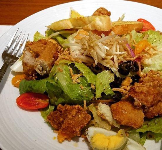 今日吃大餐,這只是我的開胃菜😂😂😂 貳樓 公館 炸雞柳 超好吃