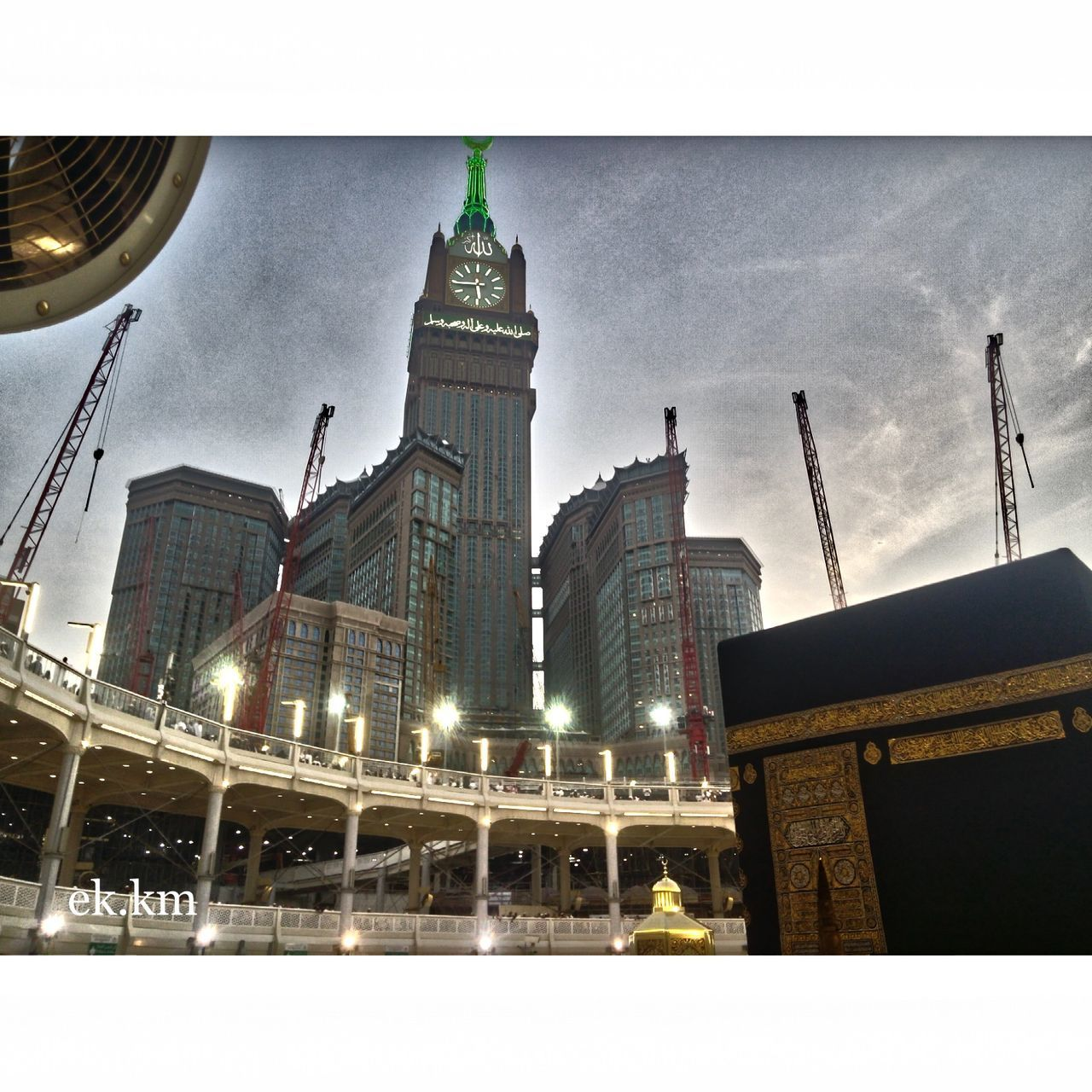 Most beautiful city in the world .💜 Beatiful Makkah Hello World First Eyeem Photo That's Me Enjoying Life The Action Photographer - 2015 EyeEm Awards Most Beautiful Place On Earth❤