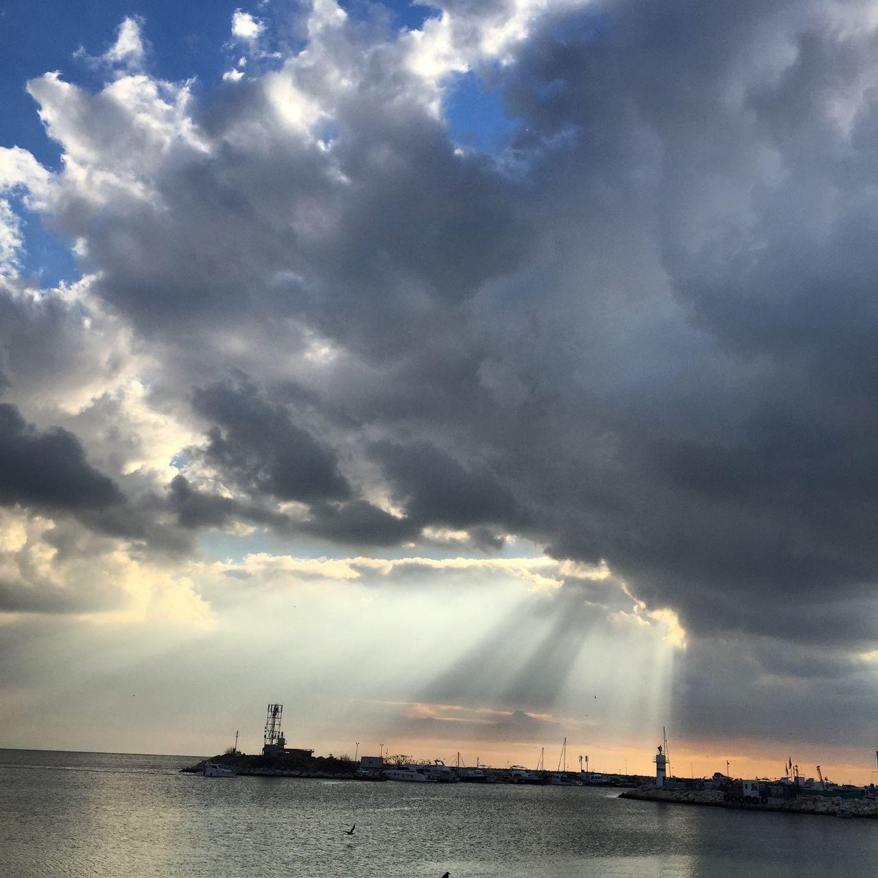 Yeşilköy 💙 Hello World Hanging Out Taking Photos Enjoying Life Photography Istanbul Yesilköy Seaside Sunset #sun #clouds #skylovers #skyporn #sky #beautiful #sunset #clouds And Sky #beach #sun _collection #sunst And Clouds Hi! Beatiful Istanbulove Nature EyeEmBestPics Photooftheday