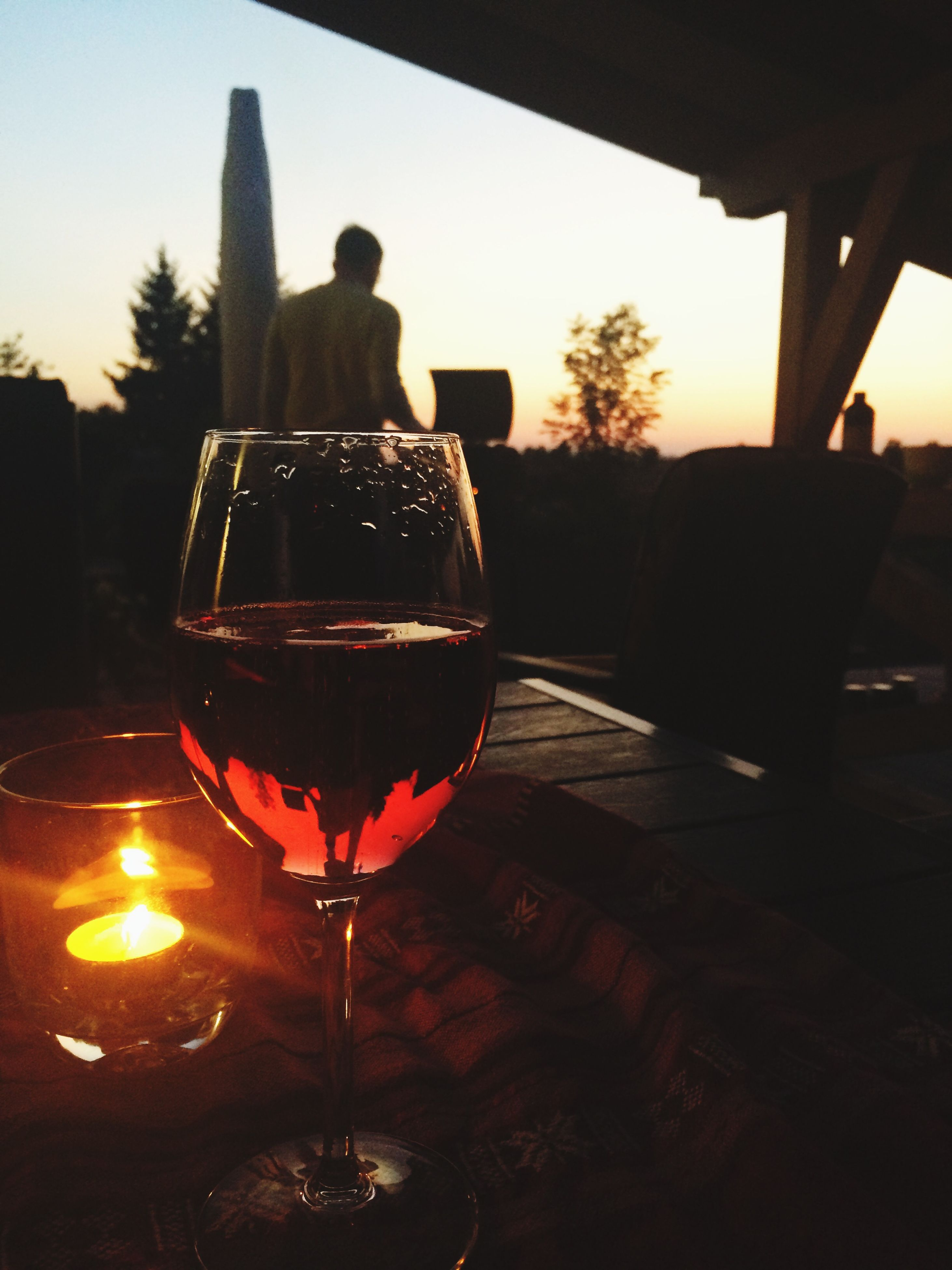 sunset, drink, table, silhouette, glass - material, food and drink, wineglass, drinking glass, alcohol, transparent, sun, wine, refreshment, sky, orange color, reflection, sunlight, clear sky, indoors
