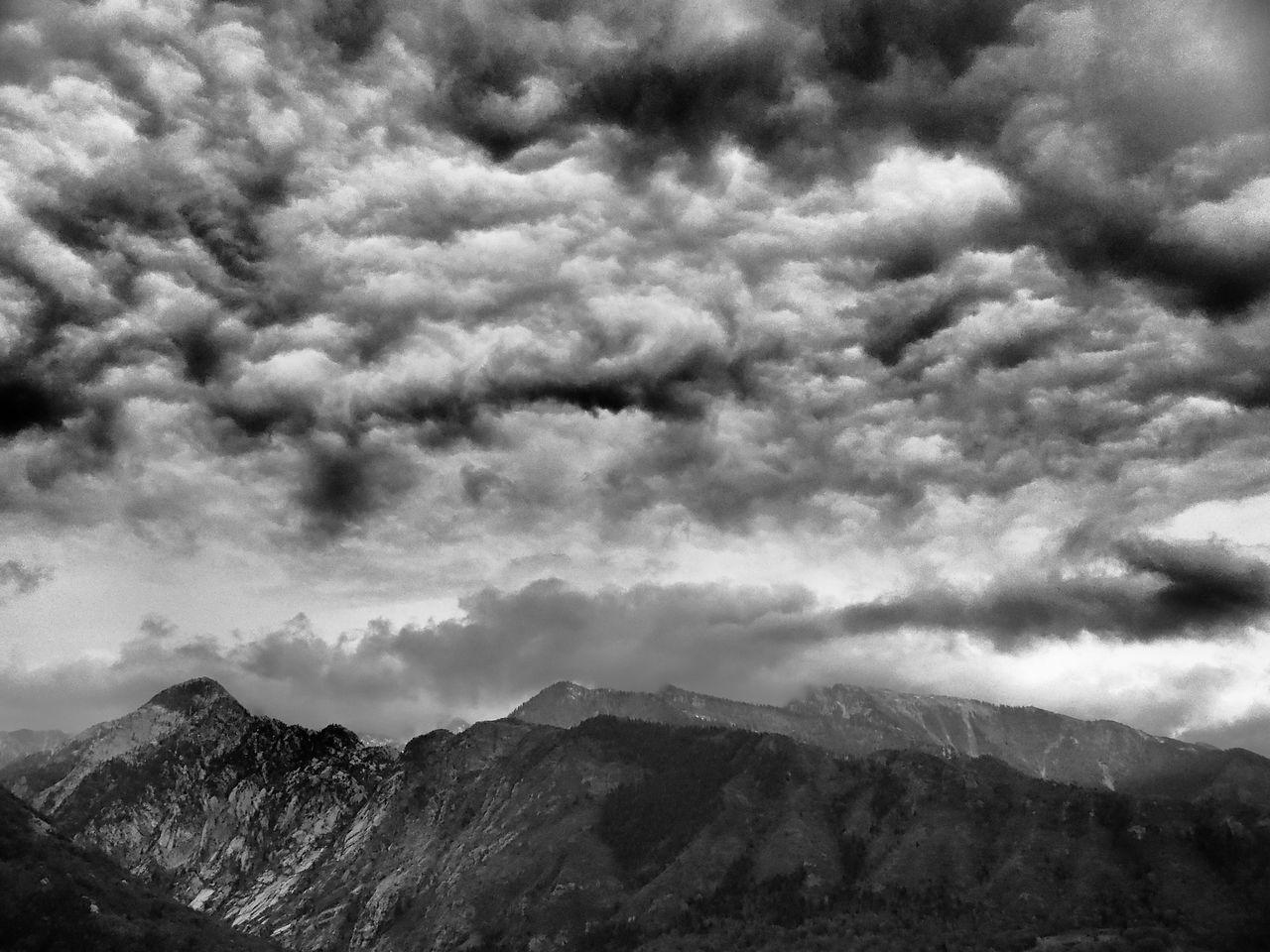 Playing with the filters. Olympus OlympusPEN Rain Rainy Days Filter Mountains Mountain View Mountain_collection Black And White Black&white Blackandwhitephotography Littlecottonwoodcanyon Utah