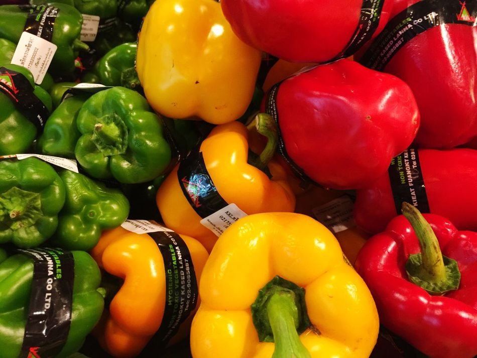 Bell Pepper Red Bell Pepper Yellow Bell Pepper Vegetable Green Bell Pepper Pepper - Vegetable Food Freshness No People Food And Drink Variation Red Full Frame Yellow Indoors  Day Close-up