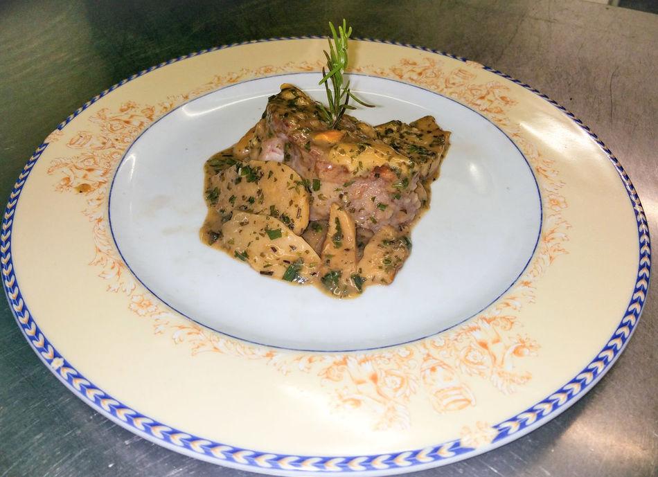 Filetto Funghiporcini Meat Dish Milano Restoration Restaurant Delicious Foodphotography Foodporn Foodie