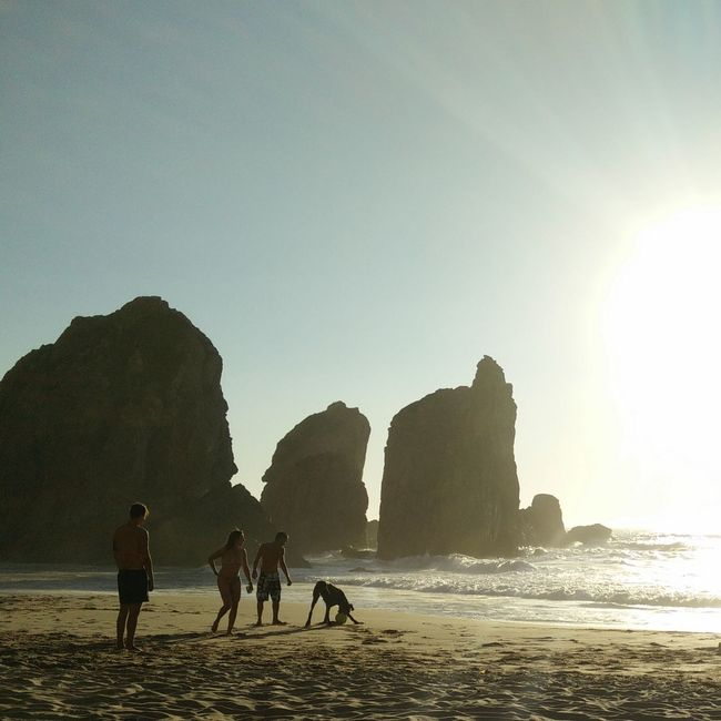 Personificação   Personification Rocks And Humans Abstraction Beach Photography No Edit