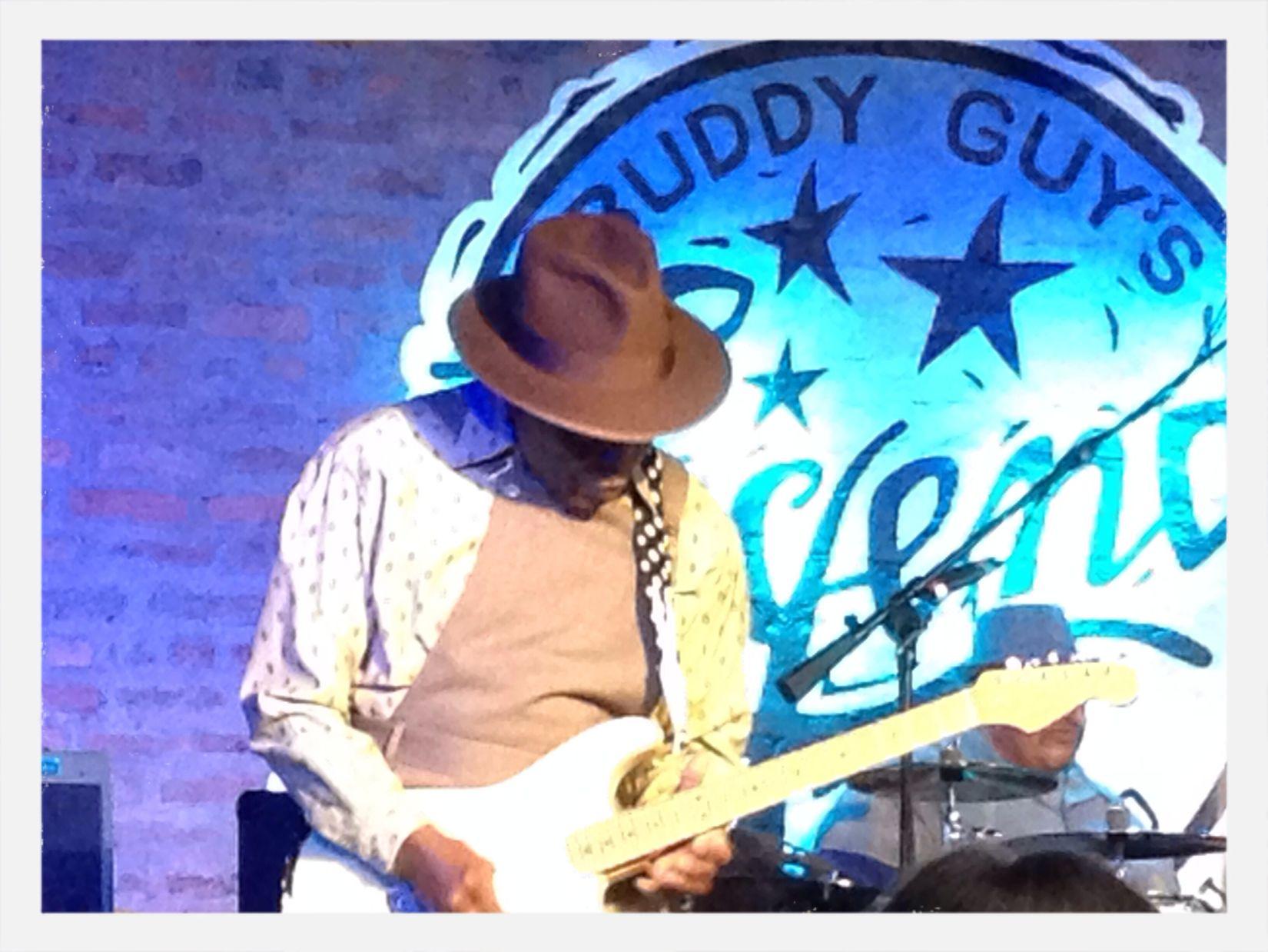 Buddy Guy's Legends Chicago Live Blues Buddy Guy Blues The Blues Bluesn' Chicago Blues Bar Legend Talent