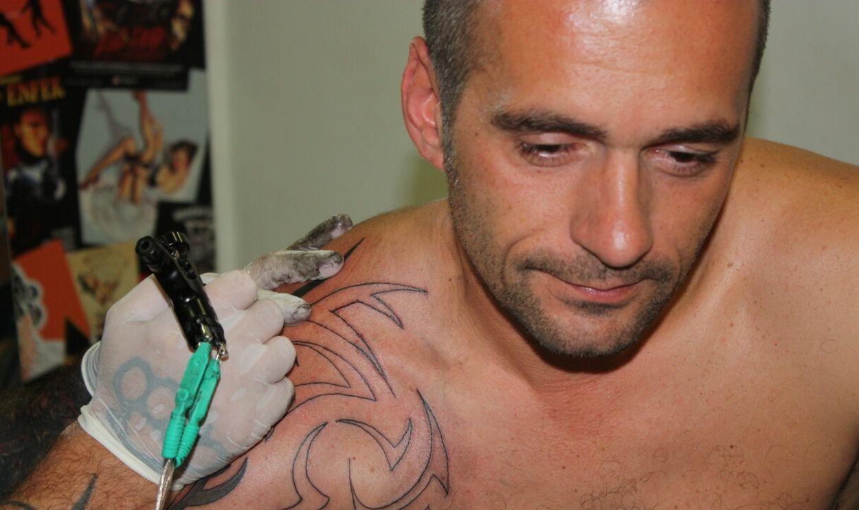 Tattoo Tattoo ❤ Tatouages Futur Tatouage.. Popular Photos Lihts And Shadows Traveling Capture The Moment OpenEdit
