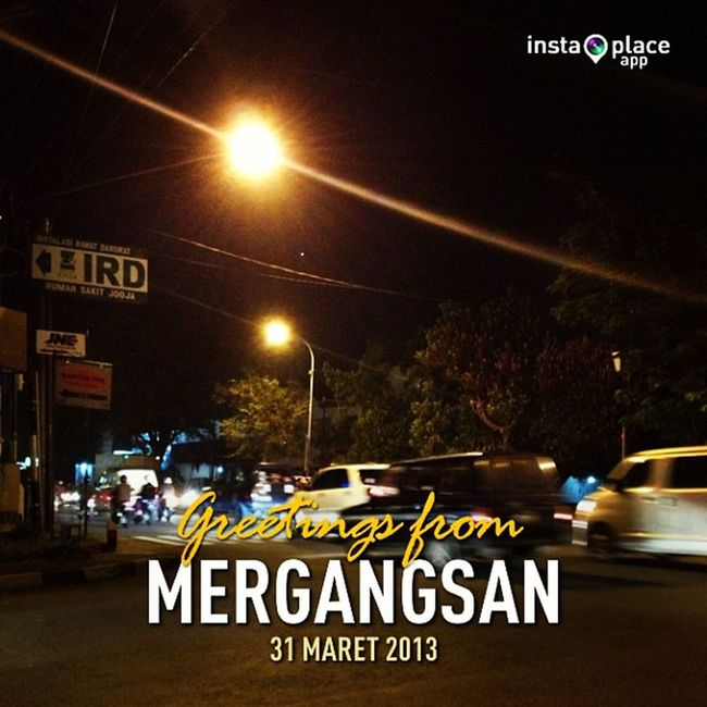 hanging out at the T-junction with best friends.. InstaPlace Instaplaceapp Instagood Travelgram Photooftheday Instamood Picoftheday Instadaily Photo Instacool Instapic Picture Pic @instaplacemobi Place Earth World INDONESIA Id Mergangsan Day Yogyakarta Night