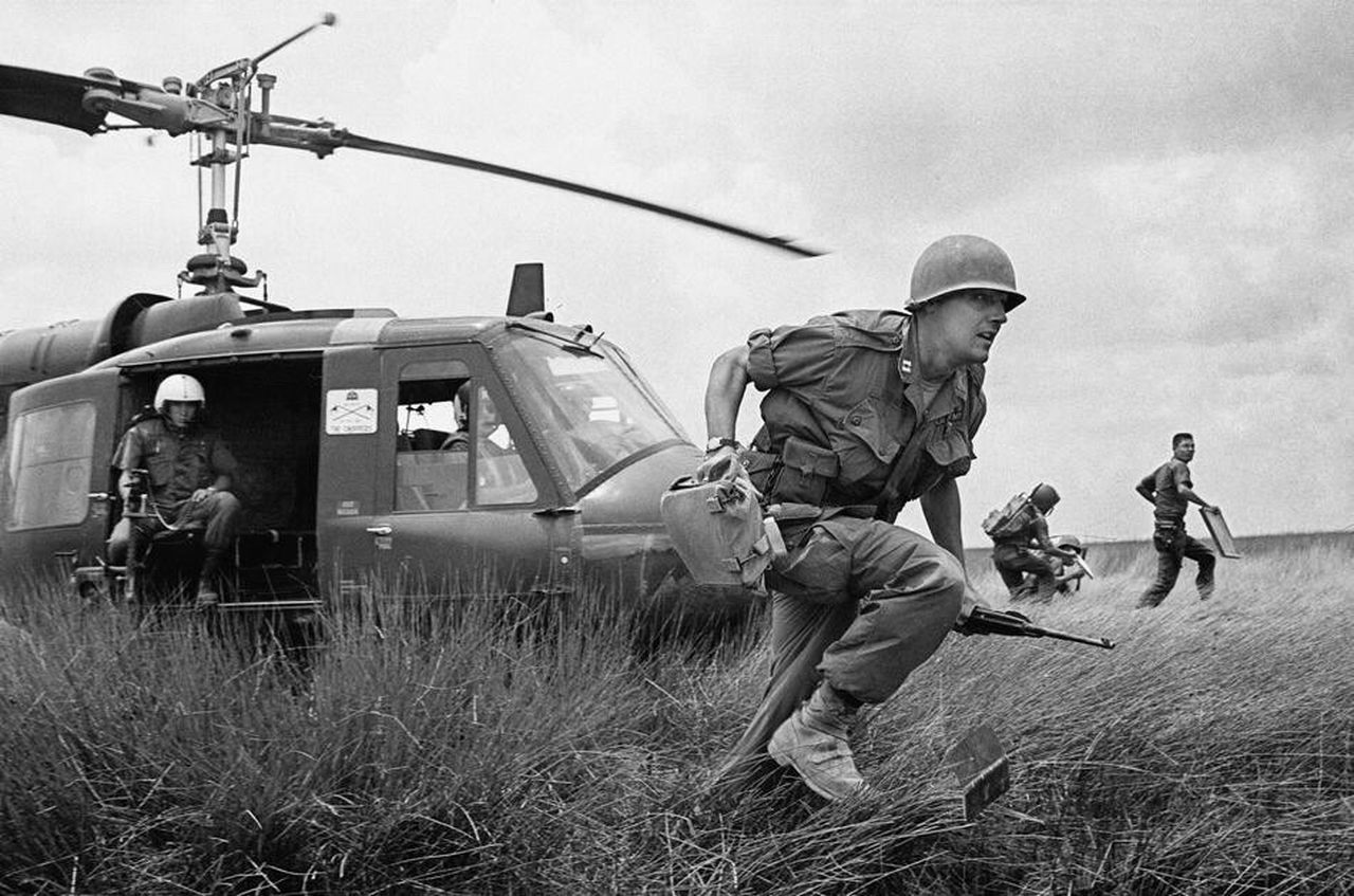 Aviation Vietnam Vietnam War UH1 UH-1 War Battle USA Navy Soldier Military Army Helicopter