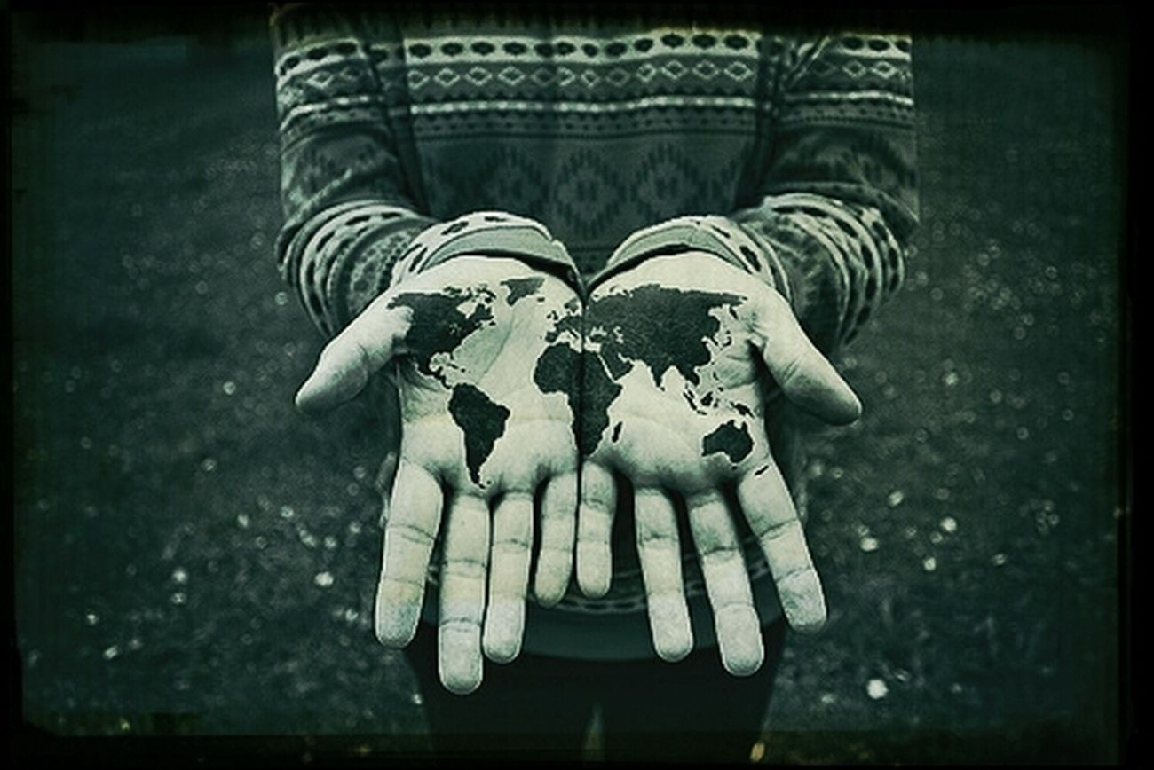 He's got the whole world in his hands Neat Hello World Check This Out Hamazing