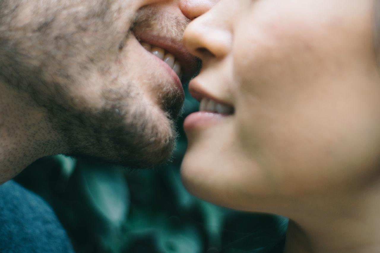 Beautiful stock photos of kuss, 35-39 Years, Bonding, Boyfriend, Close-Up