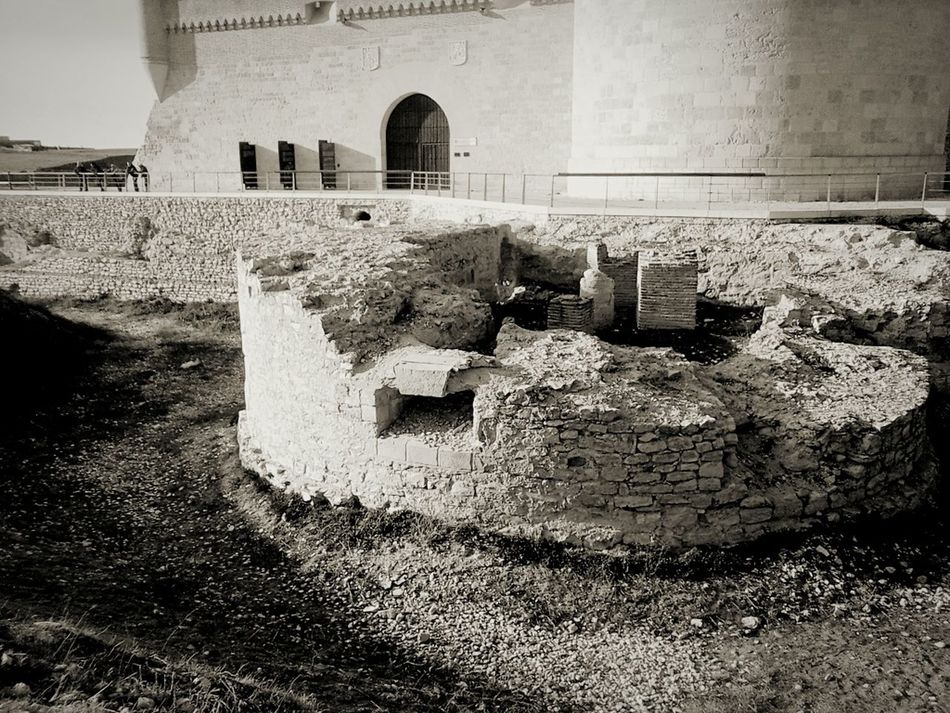 Ruins of the Castle.. Architecture No People Arevalo Spaın Travel EyeEmNewHere Welcome To Black