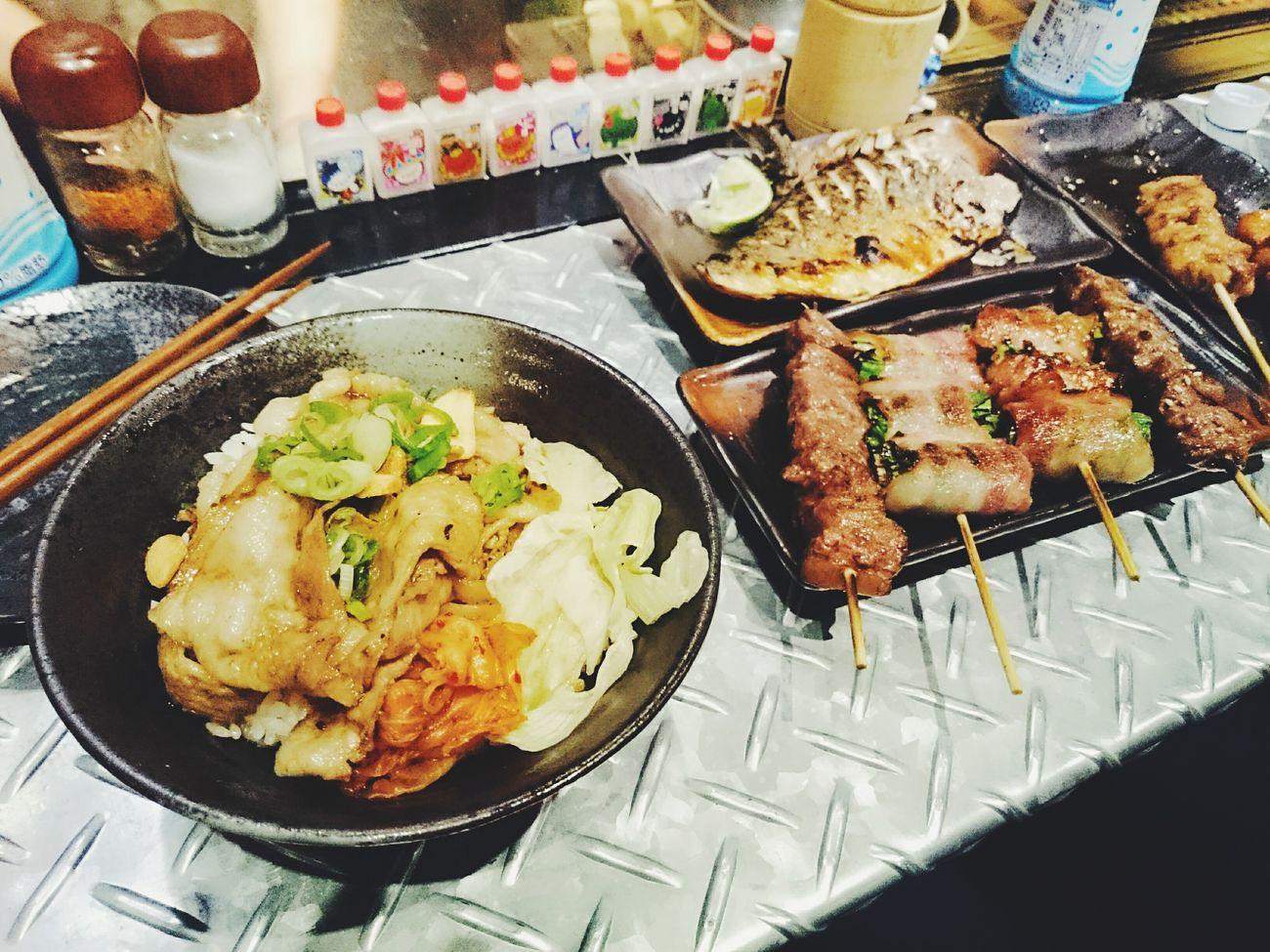 呷奔🍴✨✨。 Dinner Japanese Food 串燒 丼飯 Taipei
