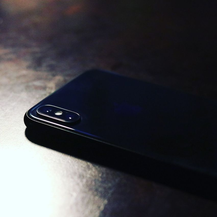 IPhone X IPhoneography Indoors  Table No People Close-up Wireless Technology Technology Connection Communication Selective Focus Matte Black