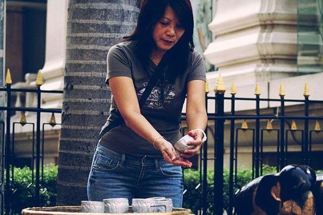 Rituals Cleansing Wanderlust Waterdrops ErawanShrine Bangkok Thailand Streetphotography Cityscene Peoplewatching Travel Everydayasia Everydaylife Dailylife Dailyphoto Citylife Traveltheworld Traveldeeper Destinationasia VSCO Vscocam Vscoeveryday Vscothailand Vscobangkok Vscothai explorebkk seeninthecity