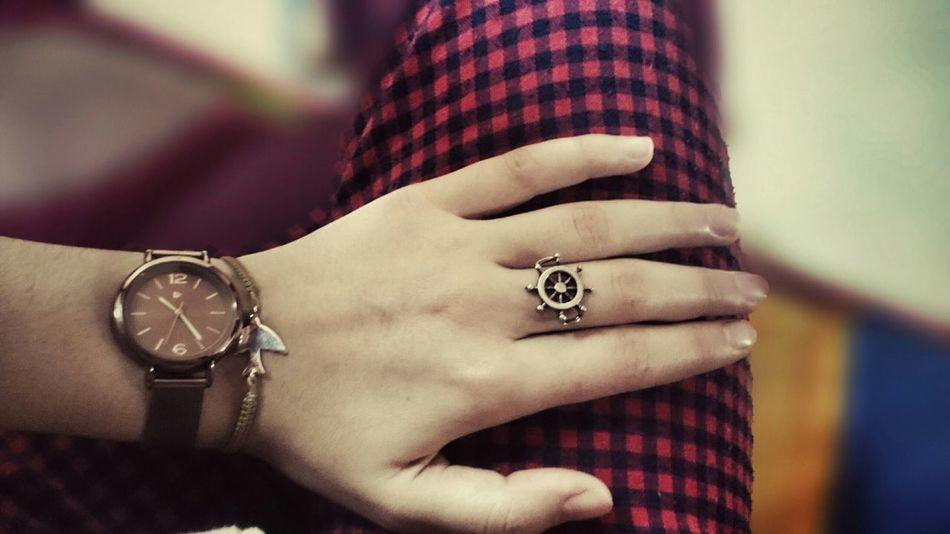 Özgürlüğününü saatlere kısıtlayamazsın... Dümeni elindedir hayatın, hatta parmaklarındadır... Belki de sadece yön vermek gerekir ne dersin 😉 Happday OpenEdit Mylife ♡ Taking Photos Hello World Istanbullife Sabahsabah