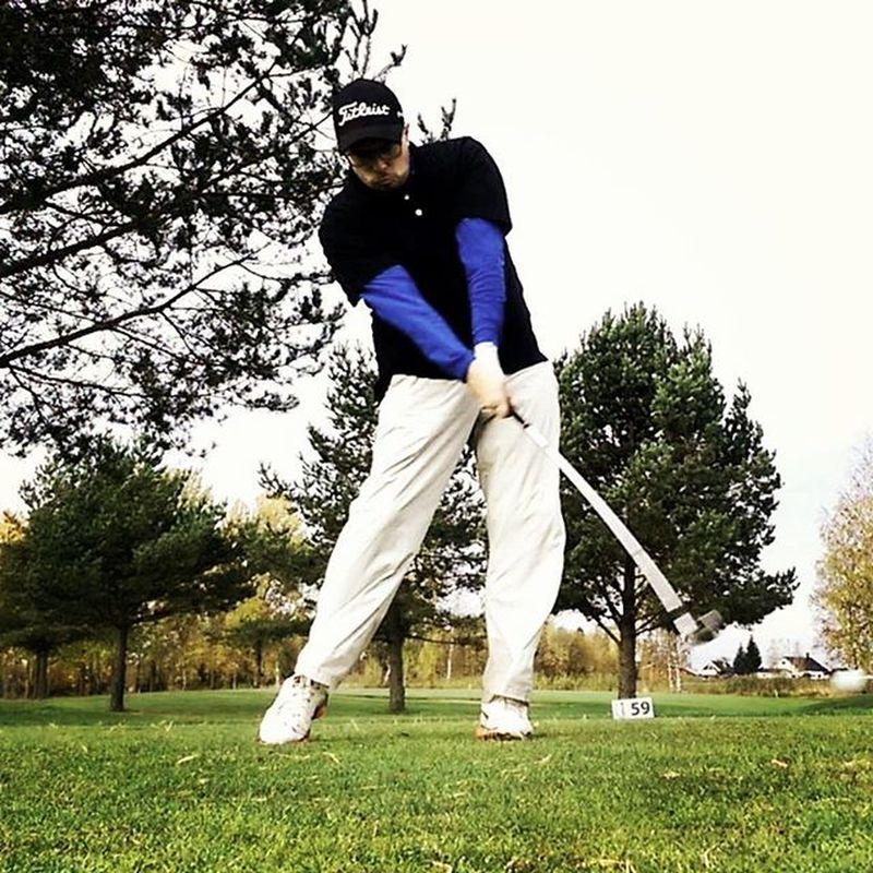want to get better every day. Everyday struggling 😄 Golfer Golf Golfing Golfie Golfers Golftee Golfgreen Badswing Practice Titleistgolf Nikegolf Golfcourse PracticeMakesPerfect Prov1 Prov1x Ap2 Ap2irons Norwegiangolfcourse Norskgolf