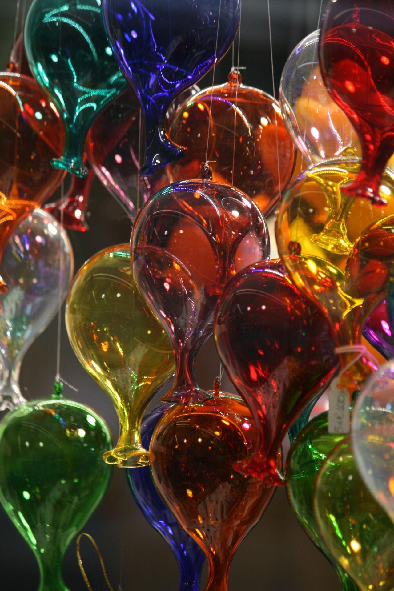 Balloons Balloons🎈 Glass Art Glass Artisan Glass Artist Glass Artistry Glass Balloons Murano Murano Glass Muranoglass Venetian Venetian Glass Venezia Venice