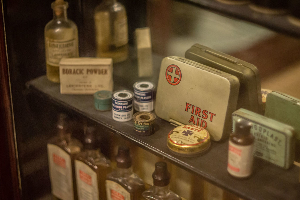 Choice First Aid First Aid Class First Aid Kit First Aid Training Focus On Foreground In A Row Indoors  Large Group Of Objects No People Old-fashioned Pharmaceutical Pharmacist Pharmacology Pharmacy Selective Focus Shelf Technology Text