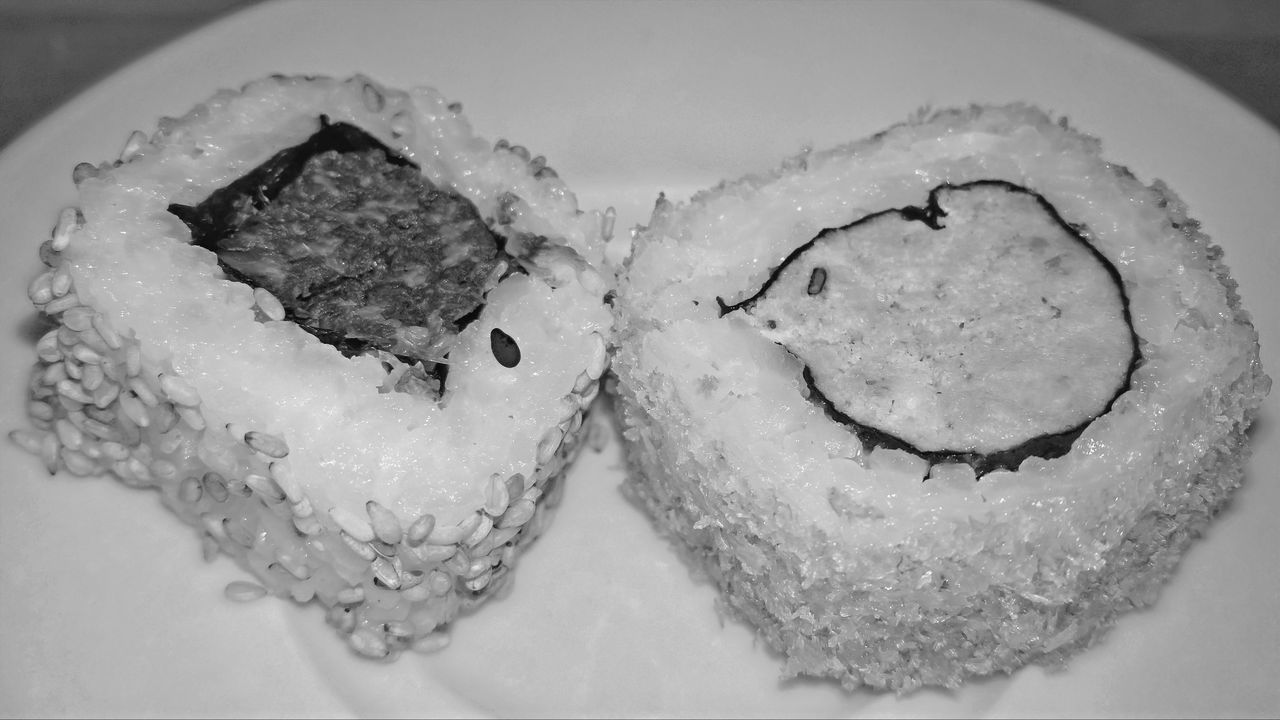 Black & White Blackandwhite Close-up Fish Food Food And Drink Freshness HDR Hdr_Collection Healthy Eating Monochrome Monochrome Photography Plate Ready-to-eat Rice Serving Size Sushi Sushi Time Vegetable