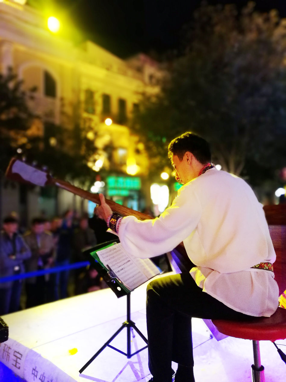 Music Music Festival Musician Night Selective Focus Side View Sitting