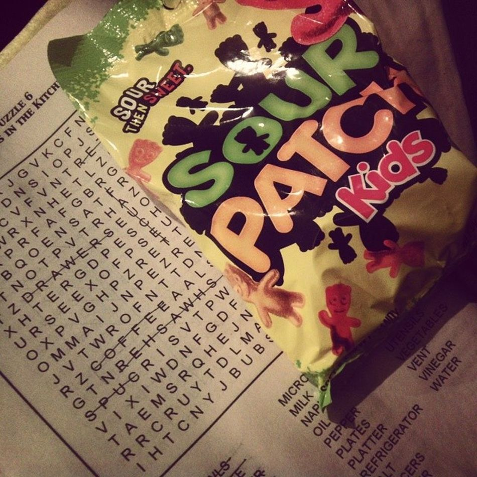 Hehehe :3 Wordsearch ♡ Sourpatches ♡ Chillnight WaitingforPozole :D warmandfuzzy