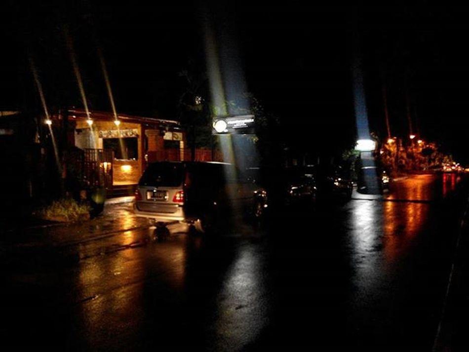 Kamitetapbuka Kalogatutup Udahgituaja 😁 Yasminrayasektor3nomer6 Bogor Nongkrongasik Explorebogor Nightlight Lenovotography Photooftheday Lzybstrd