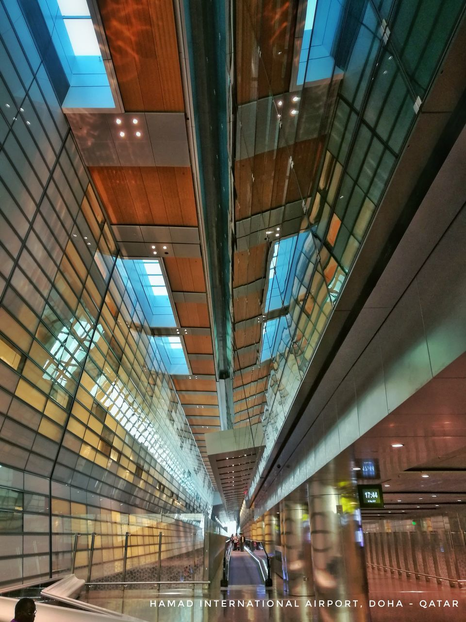 indoors, ceiling, architecture, illuminated, built structure, modern, real people, day