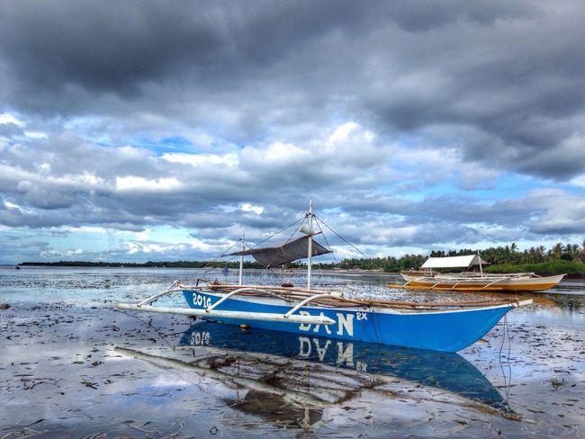 Boats⛵️ Seascape Lowtidephotography Docking Island Life Seashore Eyeem Boats Peace And Quiet Taking Photos Things I Like Walking On The Beach Eyeem Philippines Eyeem Bohol Mobile Photography