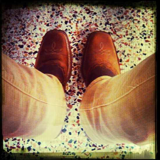 morning with boots>>>