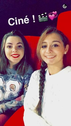 Friends Girls Photography Cinema Moment Friends ❤ Posey Ciné Moments Le Labyrinthe