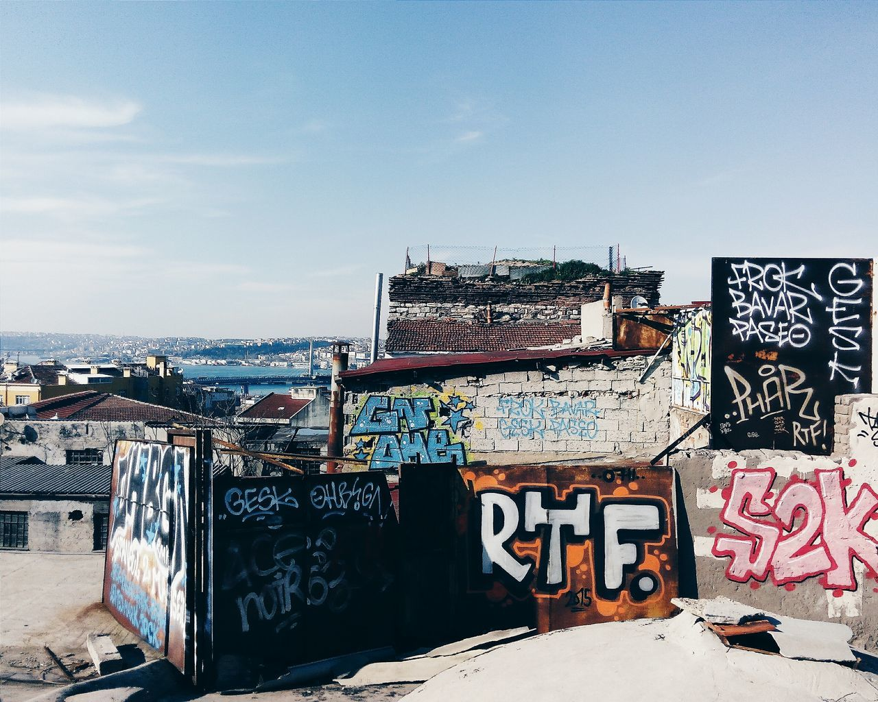 Beautiful stock photos of istanbul, graffiti, sky, built structure, architecture