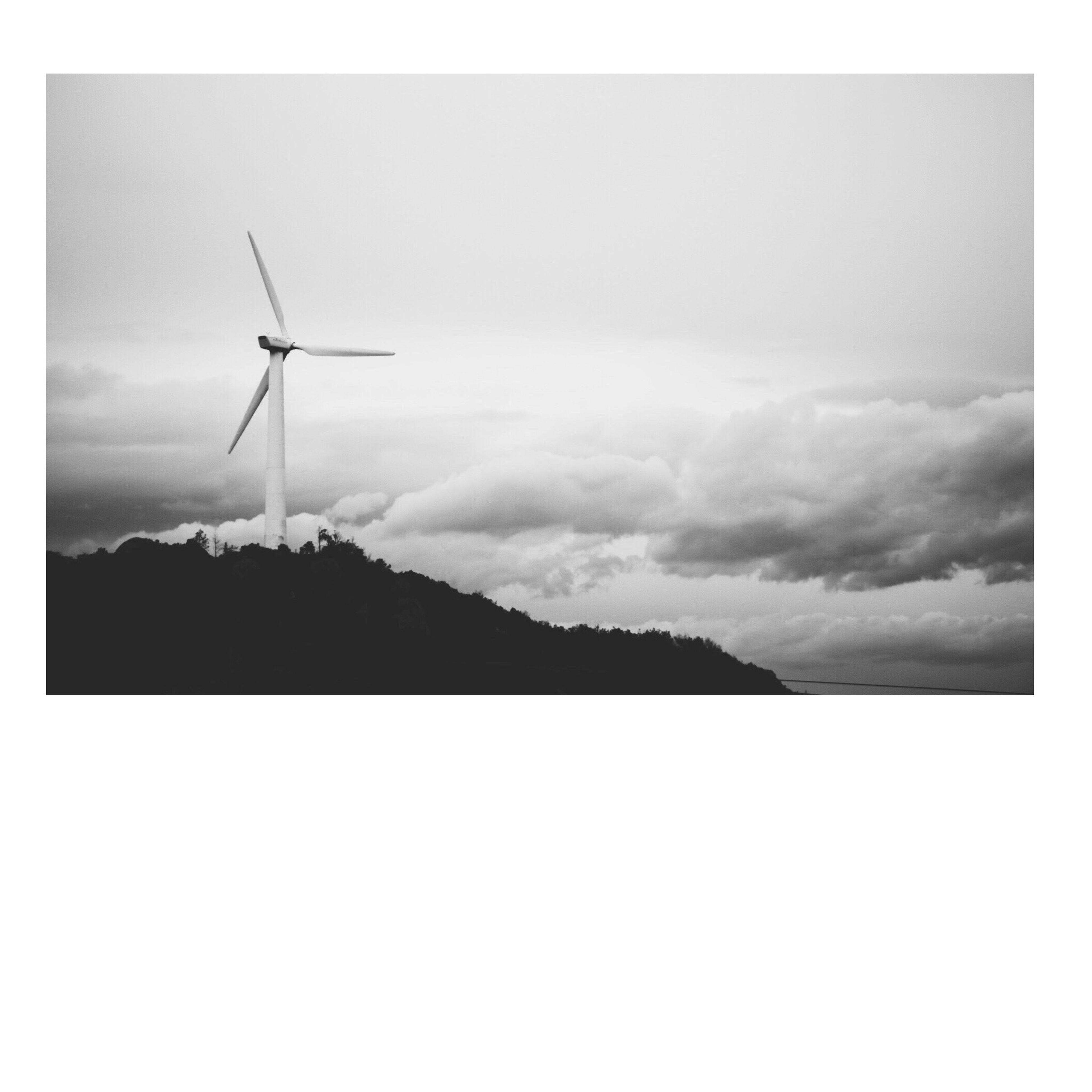 wind turbine, wind power, alternative energy, windmill, renewable energy, environmental conservation, fuel and power generation, sky, landscape, traditional windmill, rural scene, cloud - sky, nature, outdoors, tranquil scene, day, no people, tranquility, scenics, cloud, beauty in nature, weather, non-urban scene