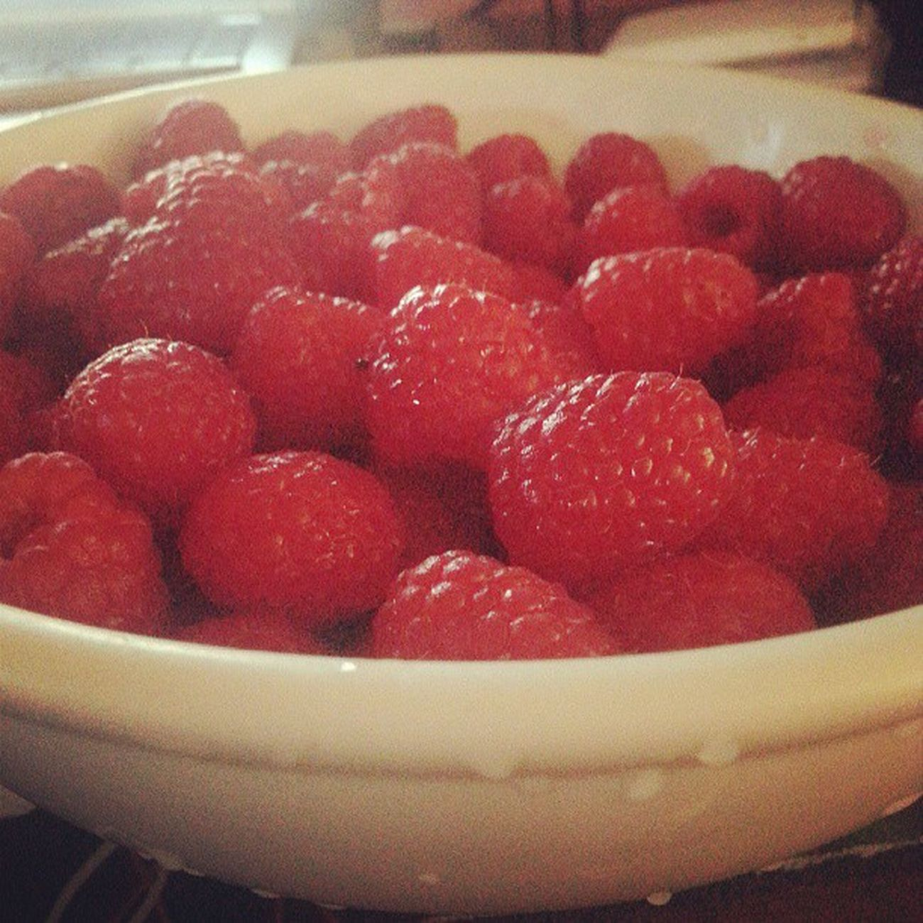 Second round Raspberries Fruitbowl Lunch Gamingsnack