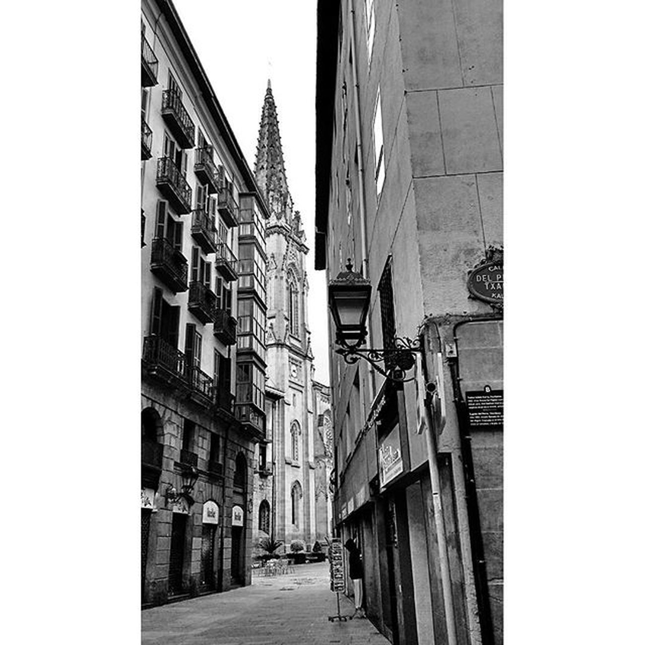 Casco Viejo de Bilbao Blackandwhite Bnwsplash_paisvasco Bilbao Ilovebilbao Bilbaoclick Euskadi Euskaditurismo Euskogram Euskorincones Euskadigrafias Pocket_bnw Verybilbao Bilbosoul Total_euskadi Loves_euskadi Turismo_euskadi Instantes_fotograficos Landscape View Visiteuskadi Webstagram Tagsforlikes Photooftheday Picoftheday All_shots like4like instagood bilbosoulchallenge estaes_paisvasco bnw_captures