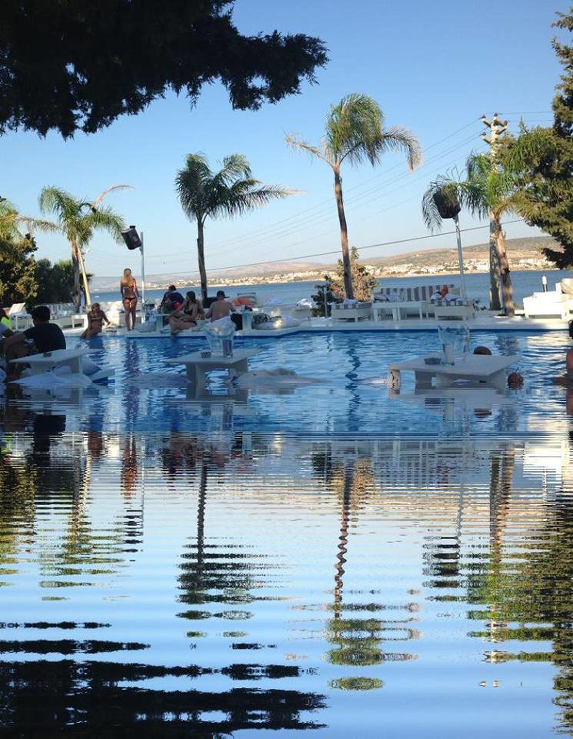 Swimingpool Izmir Cesme Aqua şifne Bar