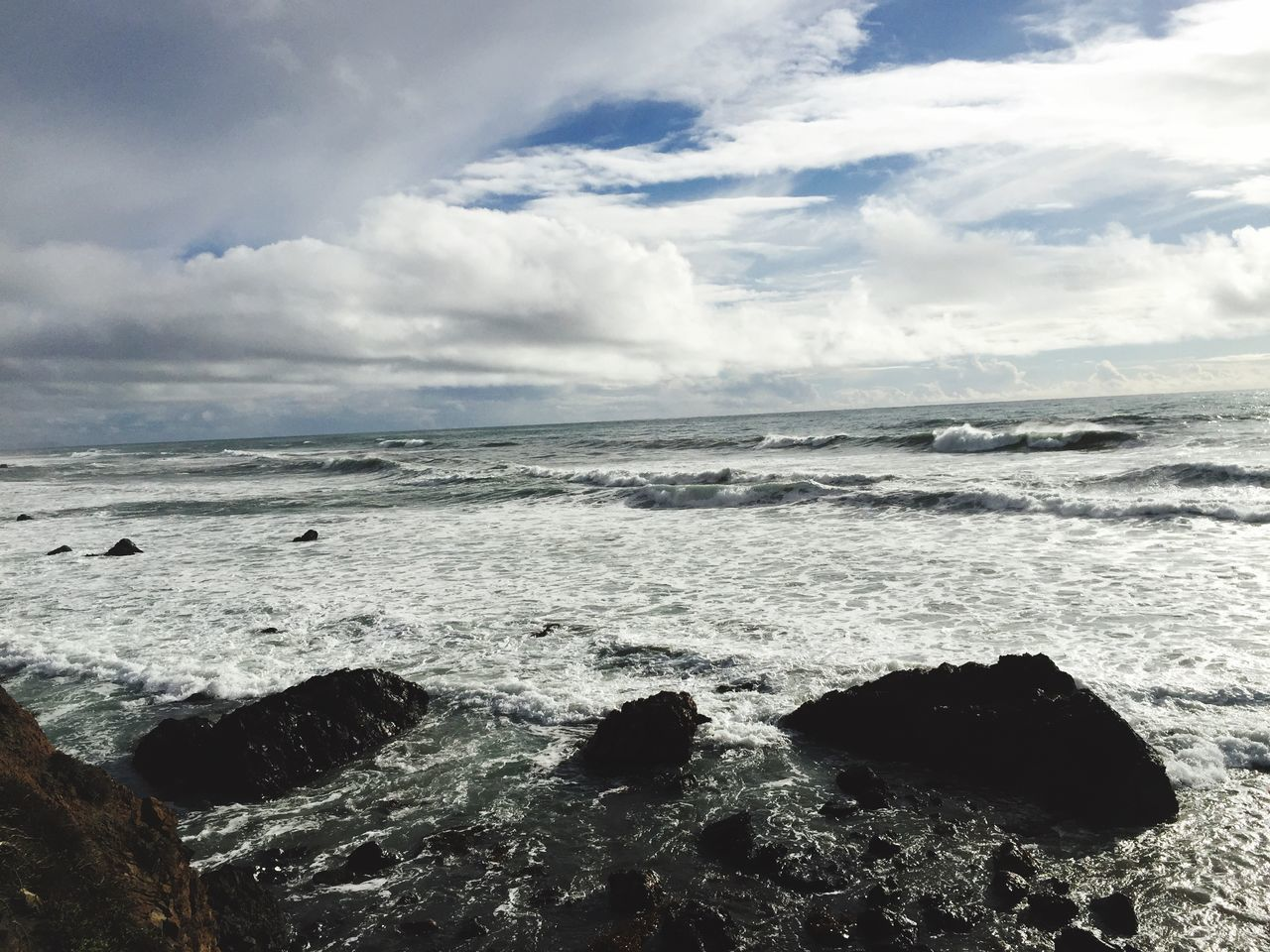 sea, water, beauty in nature, nature, wave, horizon over water, scenics, tranquility, sky, beach, no people, tranquil scene, cloud - sky, outdoors, day, tide, power in nature