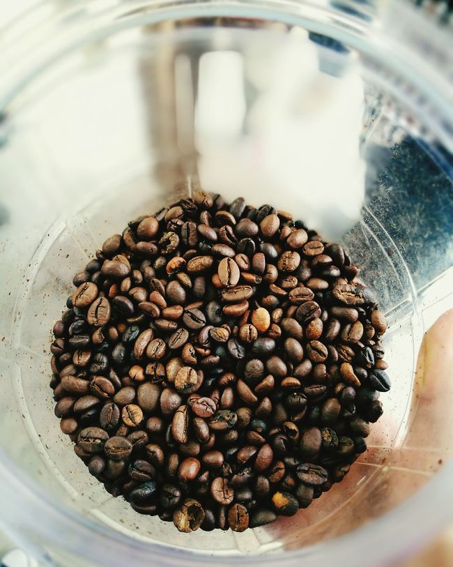 Pardon me, i'm not a coffee addict. But i love the scent ☕☕☕ Coffee Coffee Seeds How To Make Coffee Photography Addict Eager To Learn More Eyeemphoto