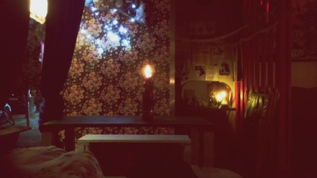 Oh How I Miss My Bar.... Lushlounge Textureporn Candlenight Dunkelbunt Turn Your Lights Down Low Candlelight Candle Wallpaper Atmospheric Mood Light And Shadow