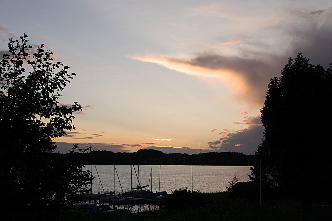 Camping Place Campingplatz Lake Ratzeburg Ratzeburger See Storm Beauty In Nature Day Mountain Nature No People Outdoors Scenics Sea Silhouette Sky Sunset Tranquil Scene Tranquility Tree Water