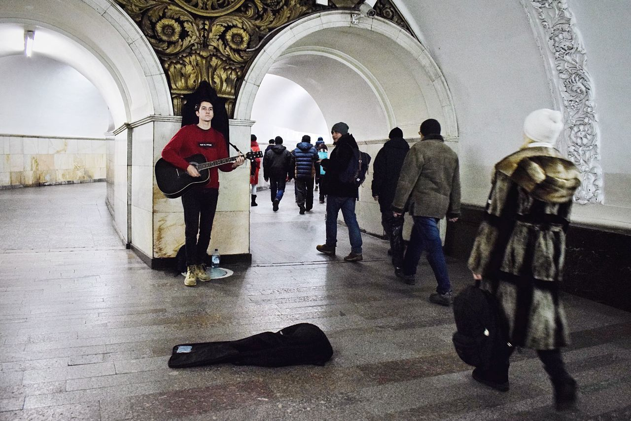 TakeoverMusic Large Group Of People Men Full Length Real People Indoors  Adults Only People Architecture Musician Musical Instrument Only Men Adult Day Mosmetro Moscow Metro Moscow Subway Moscow Underground Moscowsubway Street Musician Underground Subway Notes From The Underground Moscow