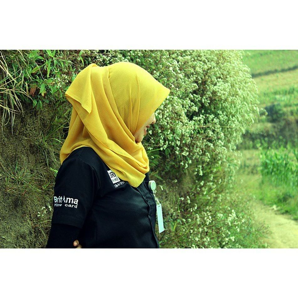 Bank gunung 😀Gunung Sumbing Mountain Jilbab Hijab Bri