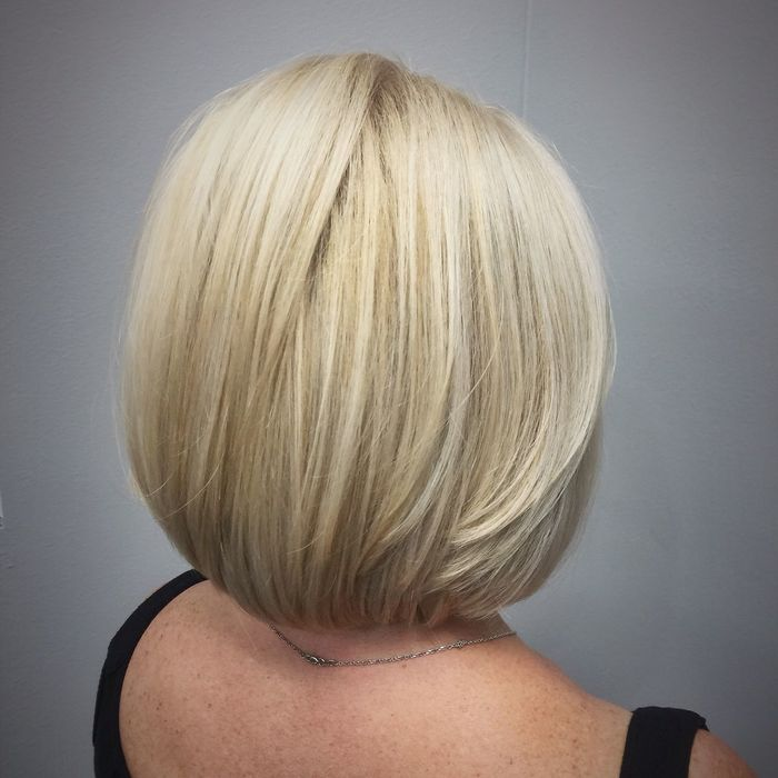 Beautiful High Lift Blonde with Cool Undertones & The Lob Haircut @znevaehsalon Check This Out Olaplex L'Oreal Professionnel Z Nevaeh Salon Eye4photography # Photooftheday Color Specialist Blondehair Haircolor Blonde Hair Style