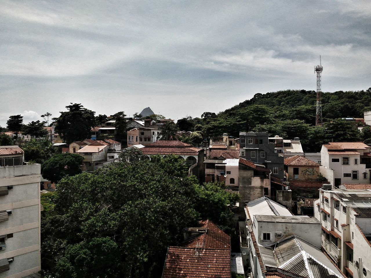 Building Exterior Architecture Sky Built Structure Tree City Cloud - Sky House Outdoors Travel Destinations Cityscape No People Day Panoramic High Definition Mountains Brazilian Sugarloaf Mountain Clouds And Sky HDR Tropical Backgrounds Full Frame Nature Urban Skyline