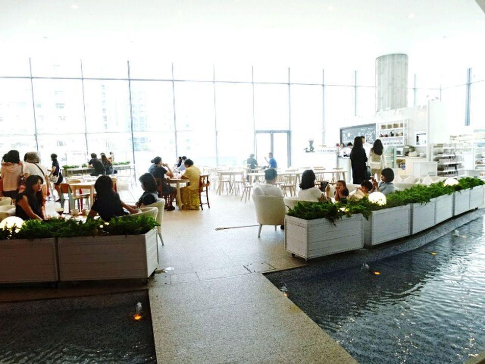 Indoors  People Cofe Coffee Time Light Enjoying Life Enjoy The Moment 台中歌劇院