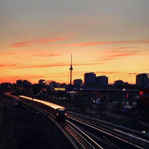 warschauerstrasse Berlin Sunset Sunsetporn Deutschland Germany Igs_world Igs_berlin Igs_europe Ig_worldclub Ig_captures Train