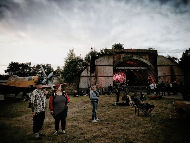 Race61-people... Togetherness Leisure Activity Men Adults Only Outdoors Festival Festive Season Rock'n'Roll Rockabilly Rockabella Live Music Lifestyles Hangar Aeroplane Airplane Streetphotography Sommergefühle Let's Go. Together. EyeEm Selects