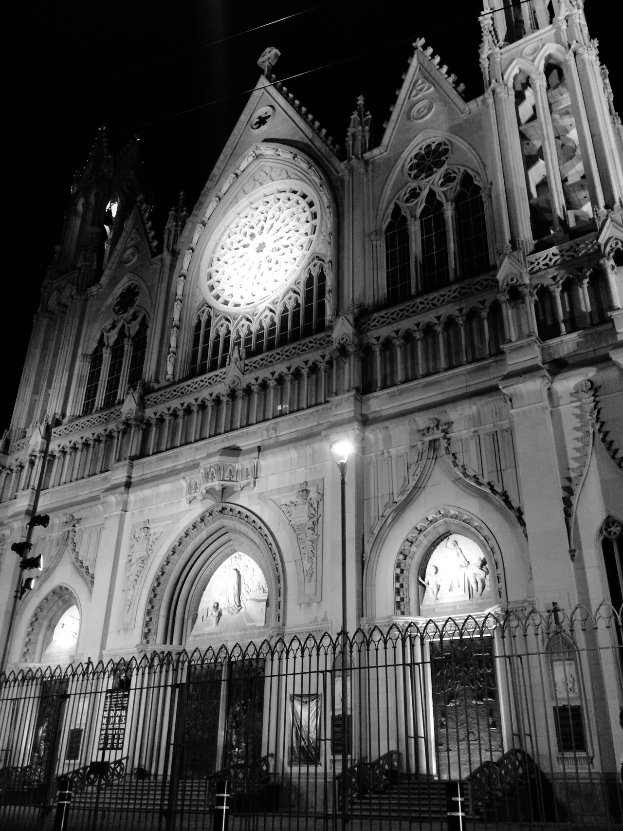 Religion Architecture Place Of Worship Low Angle View Built Structure Building Exterior Spirituality No People Arch Indoors  Rose Window Day